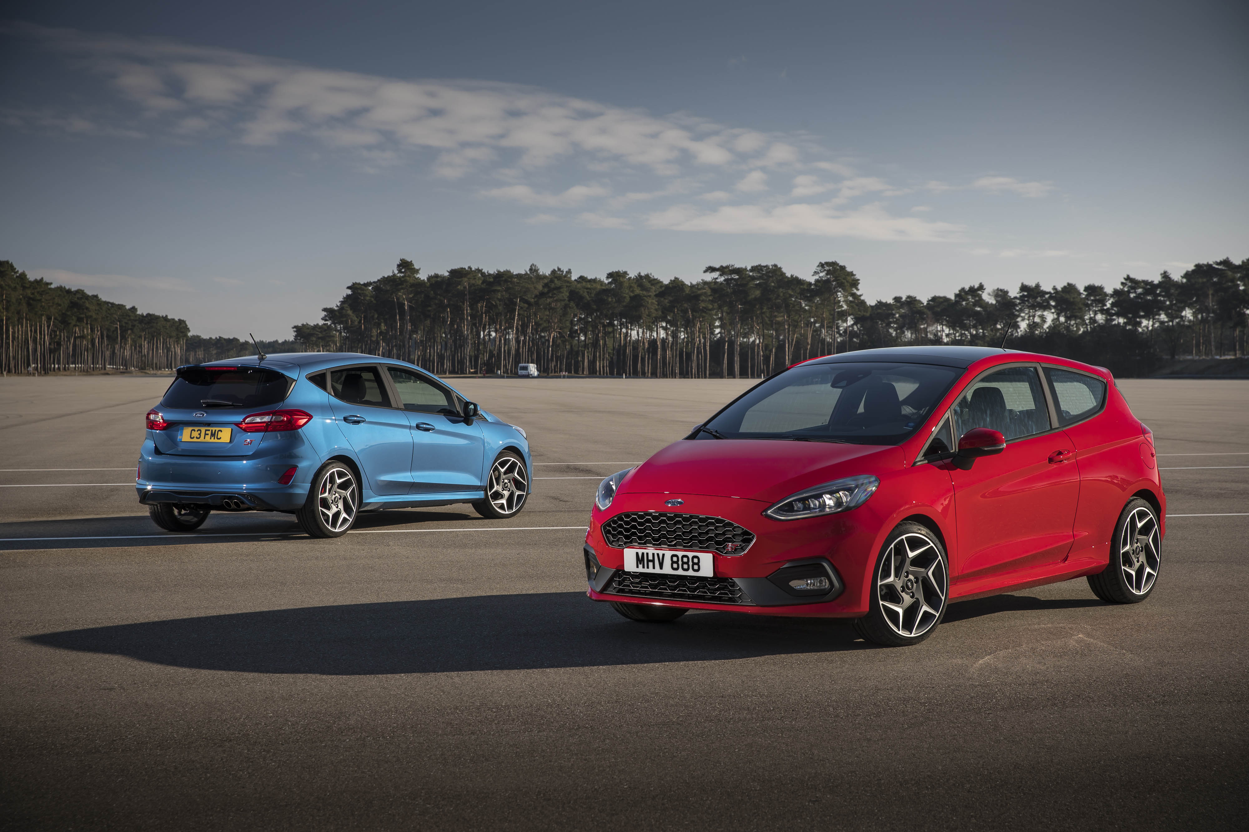 2018 ford fiesta st price announced starts at eur 22 100 autoevolution. Black Bedroom Furniture Sets. Home Design Ideas