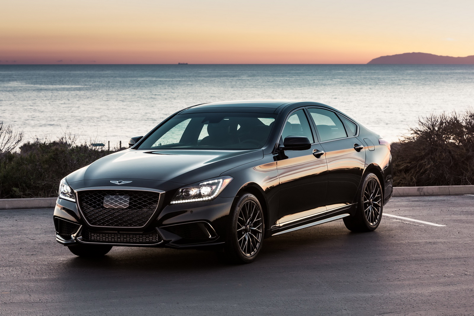 2018 Genesis G80 Sport Combines Black Paint With G90 S Twin Turbo