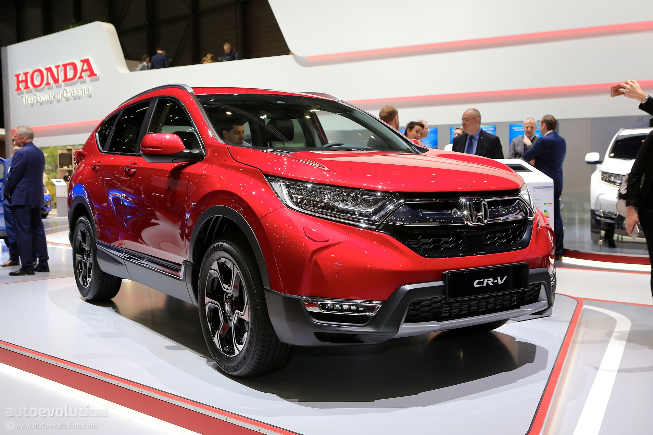 2018 honda cr v says adios to diesel in geneva embraces hybrid technology autoevolution. Black Bedroom Furniture Sets. Home Design Ideas