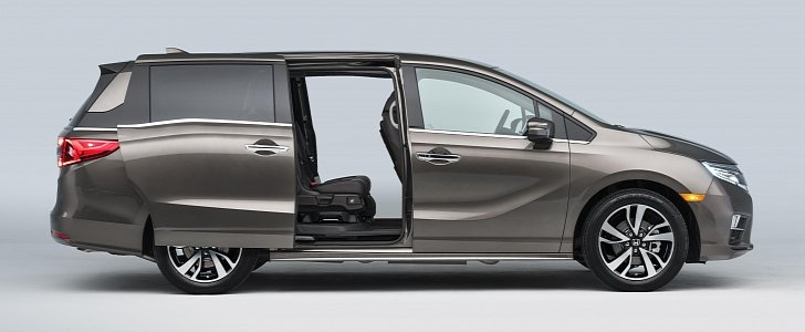 2018 honda odyssey minivan goes official with 10 speed automatic transmission autoevolution. Black Bedroom Furniture Sets. Home Design Ideas