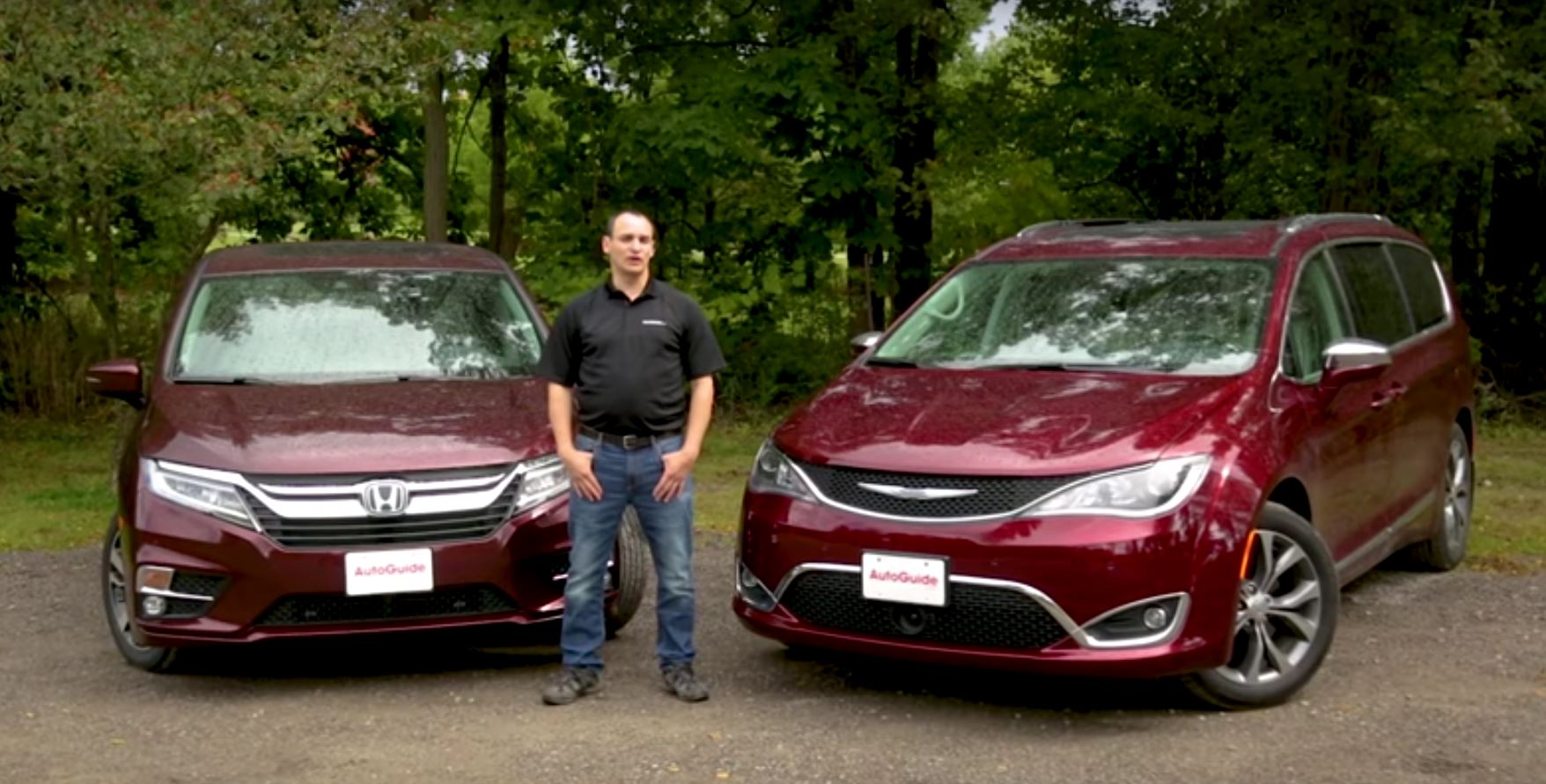 2018 honda odyssey vs 2017 chrysler pacifica a clash of for Chrysler pacifica vs honda odyssey