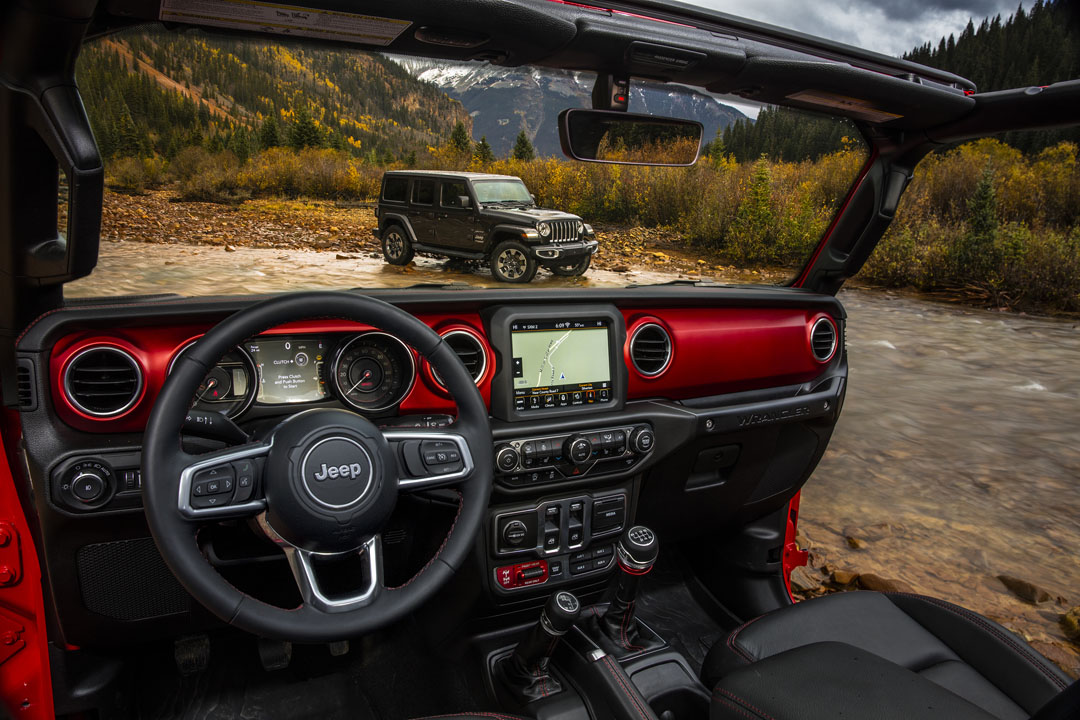 2018 jeep wrangler jl interior revealed with colorful trim and larger display autoevolution. Black Bedroom Furniture Sets. Home Design Ideas