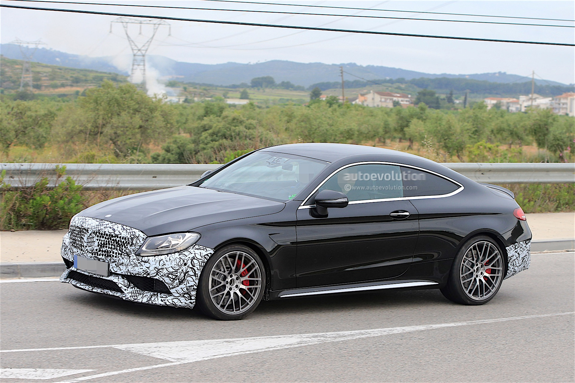 2018 mercedes amg c63 coupe facelift spied for the first. Black Bedroom Furniture Sets. Home Design Ideas
