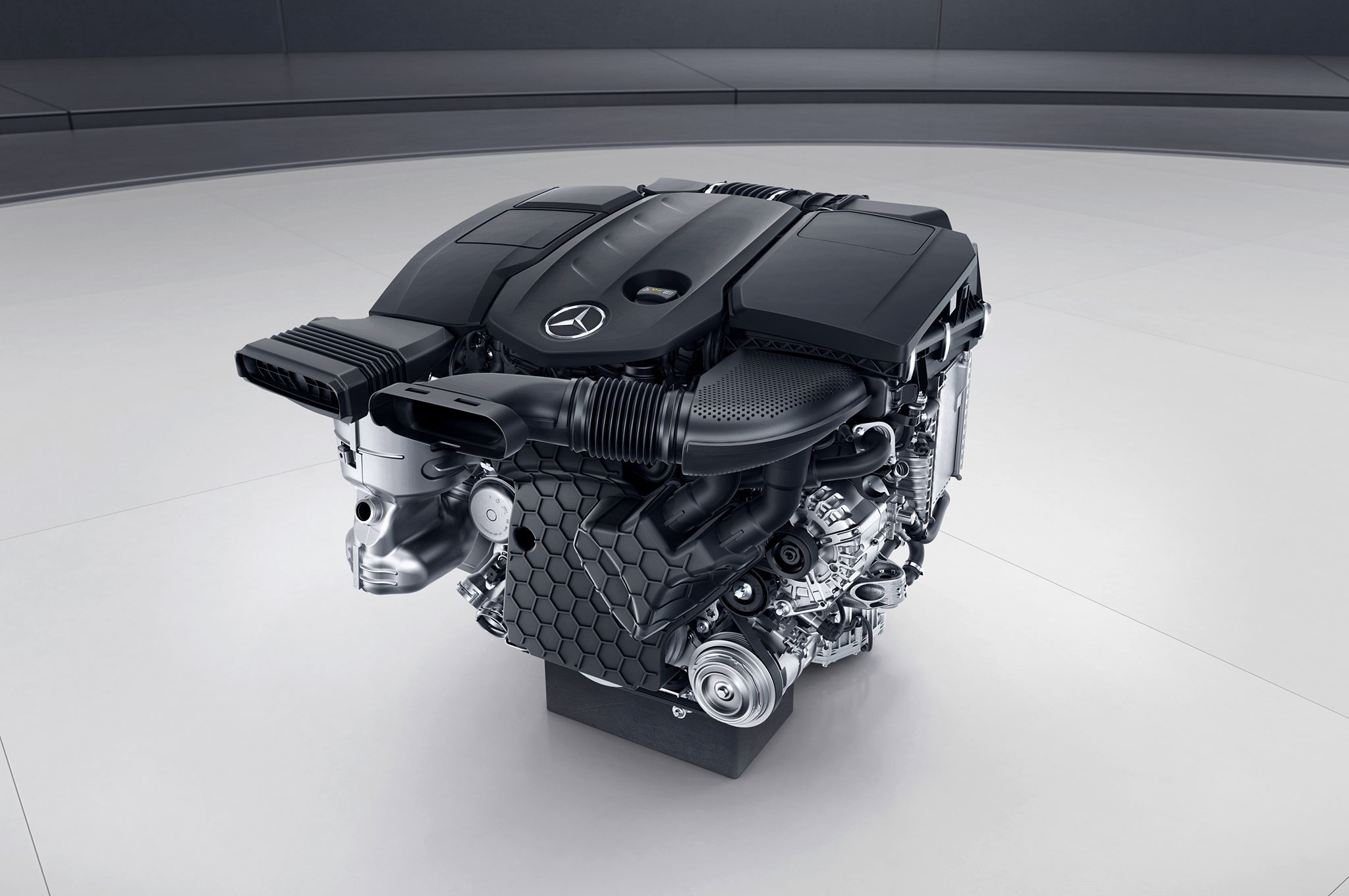 2018 Mercedes-Benz E350 Coupe and Cabrio Introduce Mild-Hybrid M 264