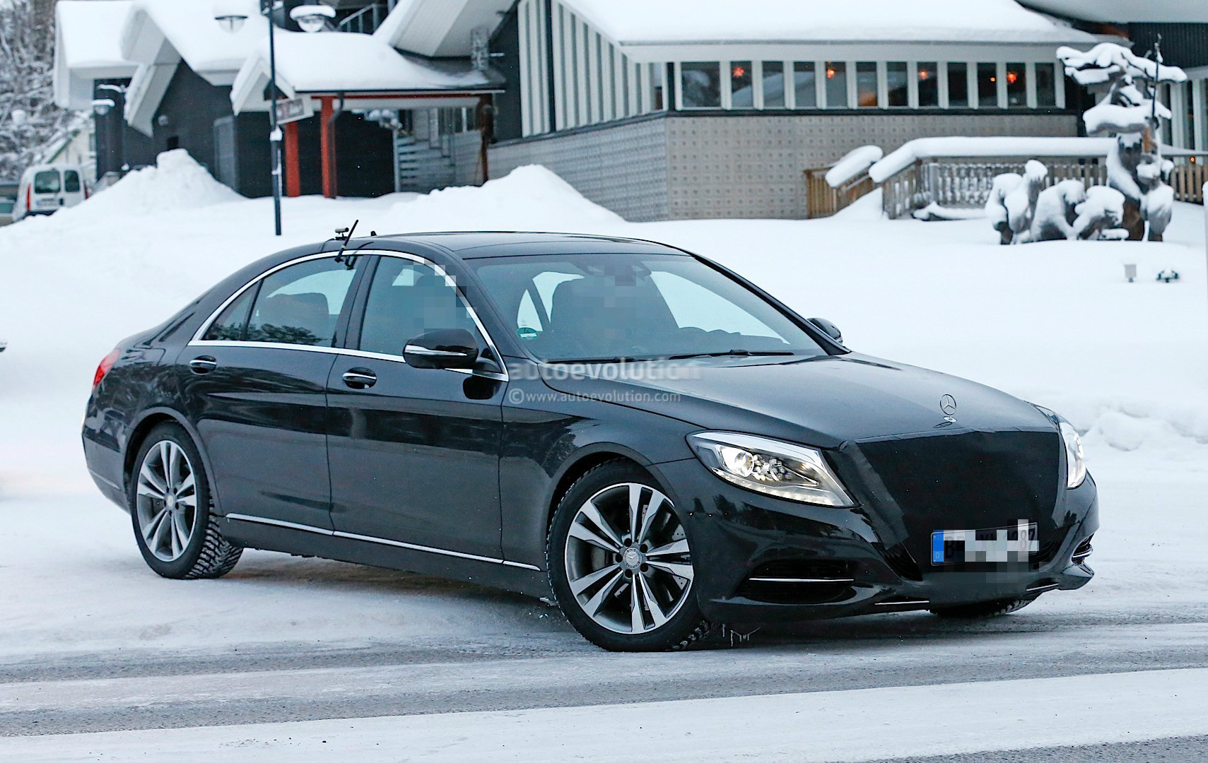 2018 mercedes benz s class facelift emerges with covered snout autoevolution. Black Bedroom Furniture Sets. Home Design Ideas