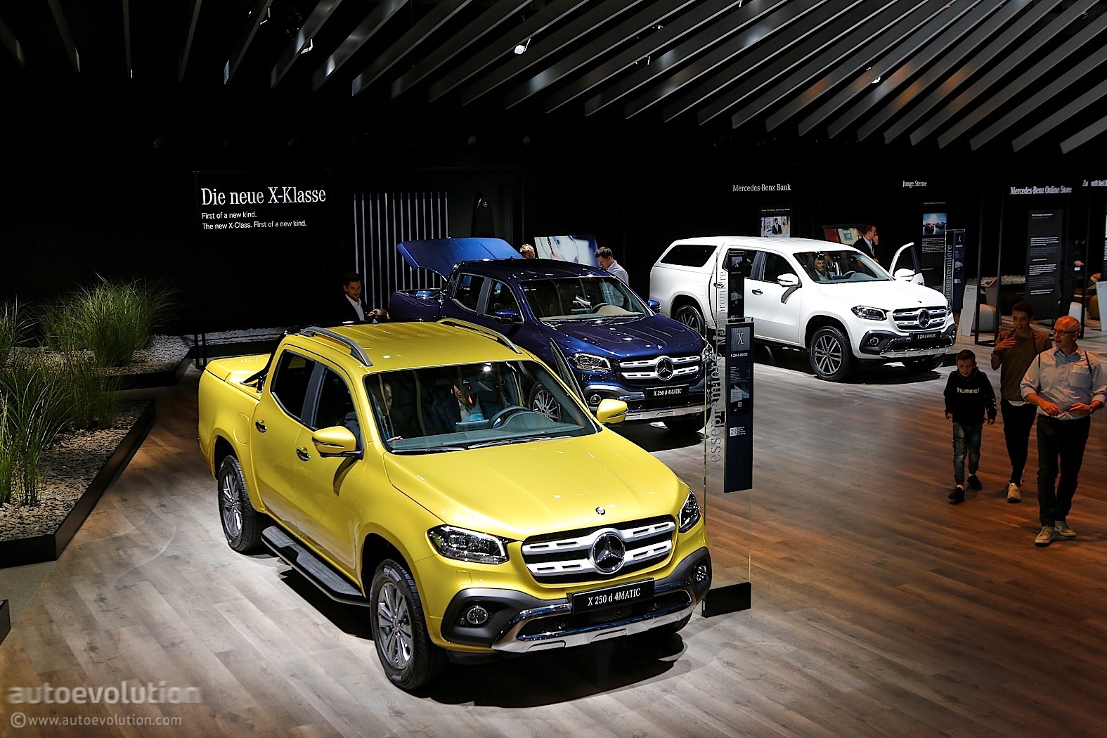 https://s1.cdn.autoevolution.com/images/news/2018-mercedes-benz-x-class-is-like-a-caveman-in-an-expensive-suit-at-iaa-120414_1.jpg