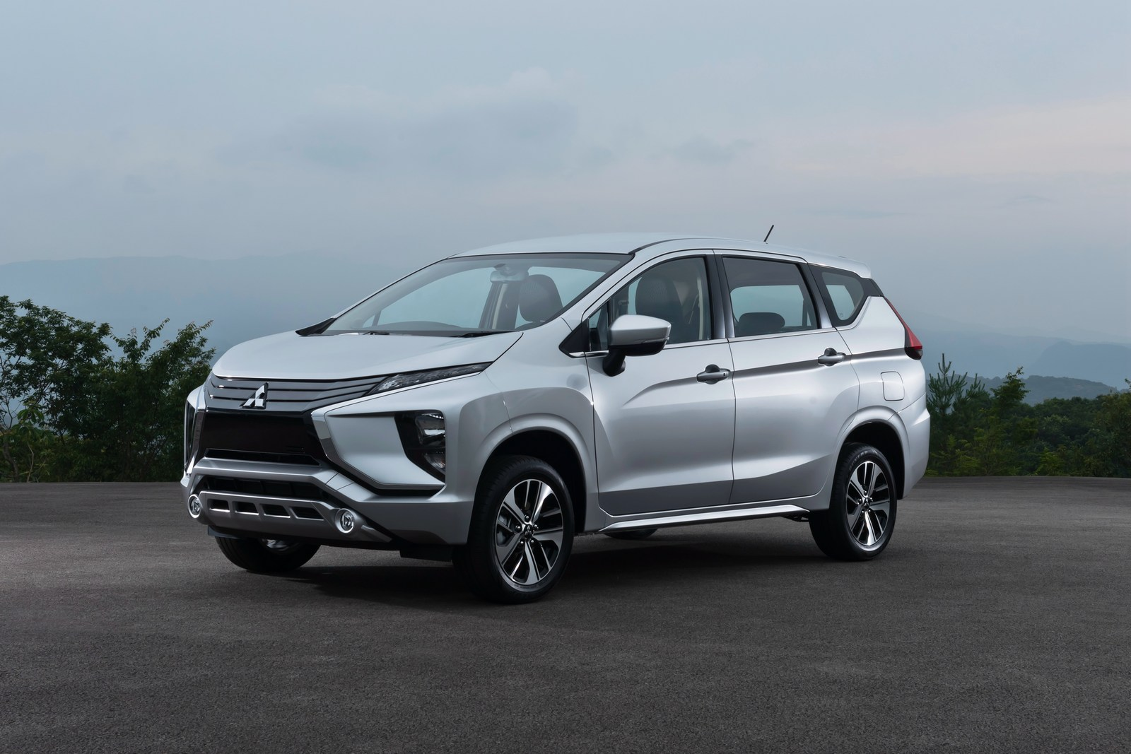 2018 Mitsubishi Xpander Looks Like It Came From Outer Space