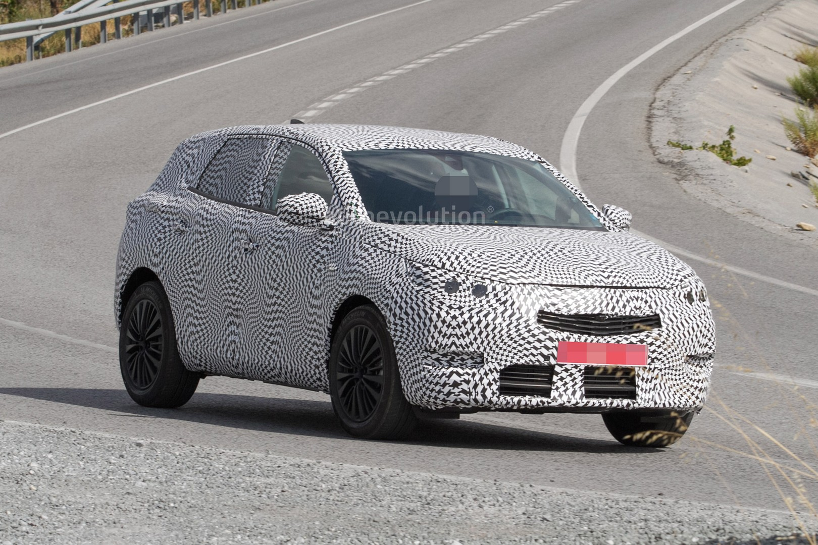 Tesla Update >> Spyshots: 2018 Peugeot 2008 Spy Photo Debut or Opel C-SUV ...