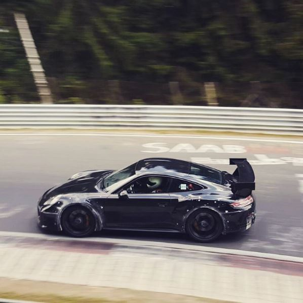2017 porsche 911 gt2 shows up on nurburgring rumored to be sold out autoevolution. Black Bedroom Furniture Sets. Home Design Ideas