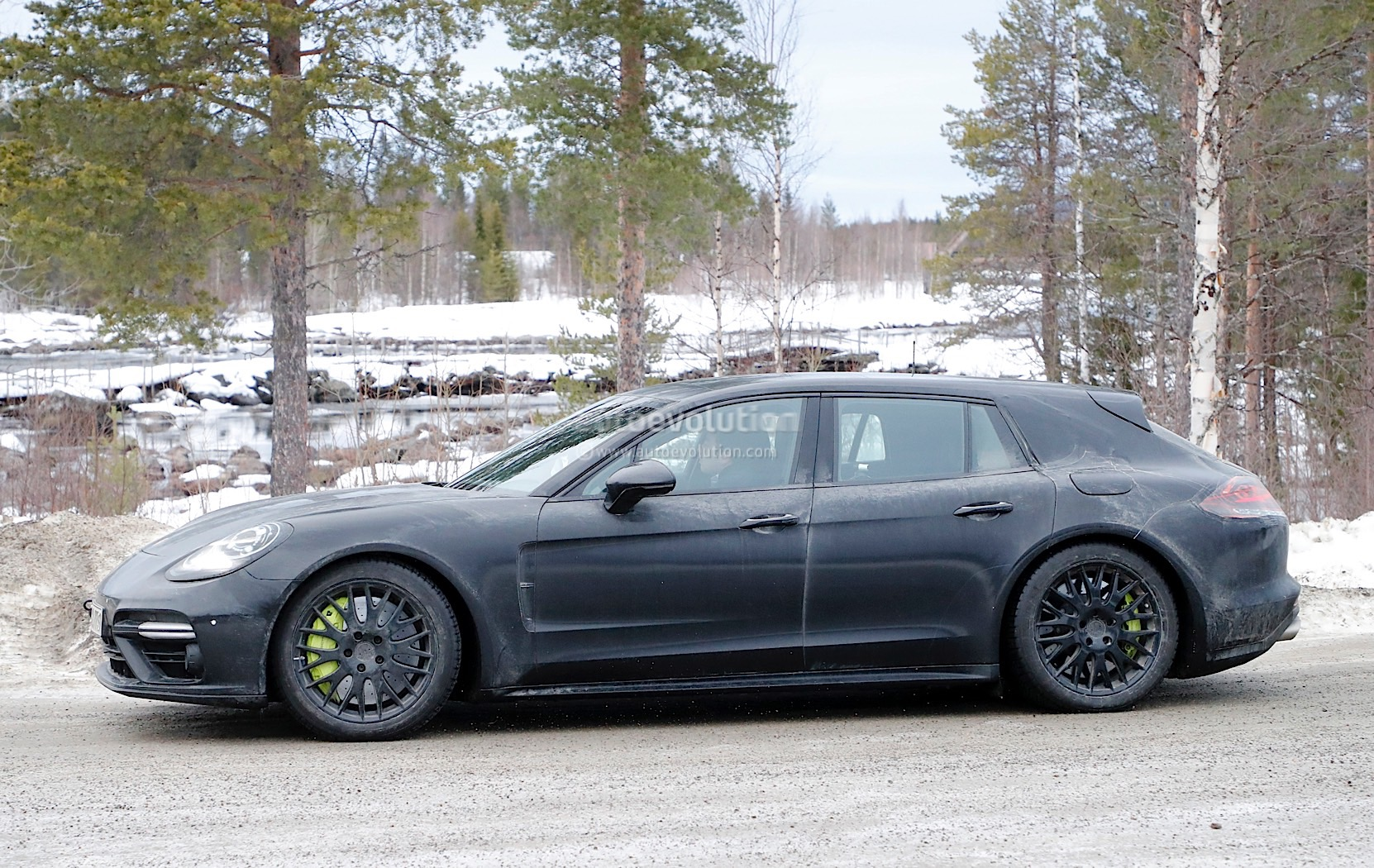 Turbo meets hybrid to create new flagship Panamera