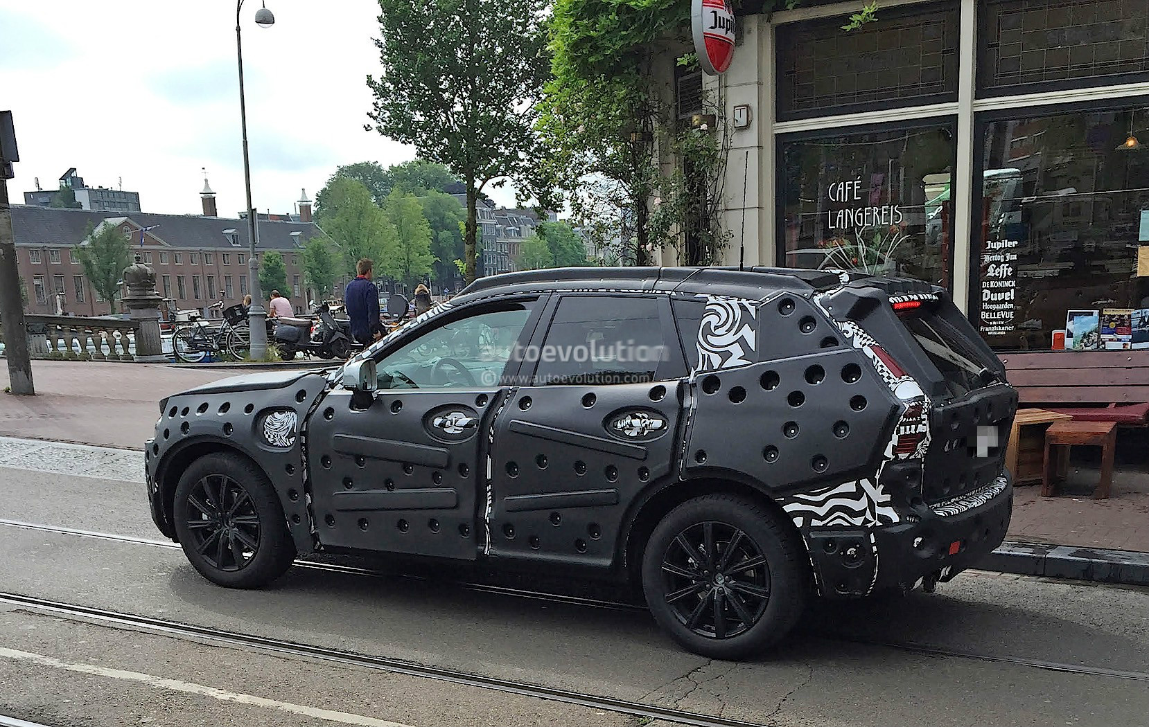 edf44eff0ec 2018 Volvo XC60 Spied For The First Time in Amsterdam - autoevolution