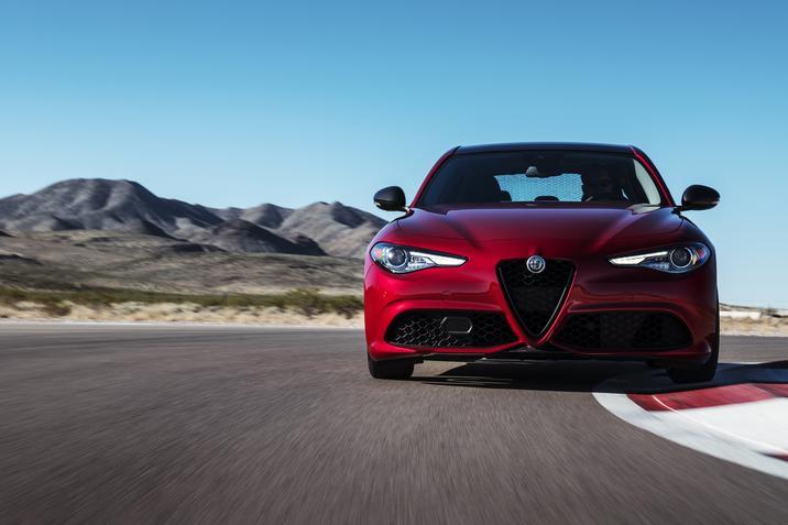 2019 Alfa Romeo Giulia Gets New Standard Equipment More Options