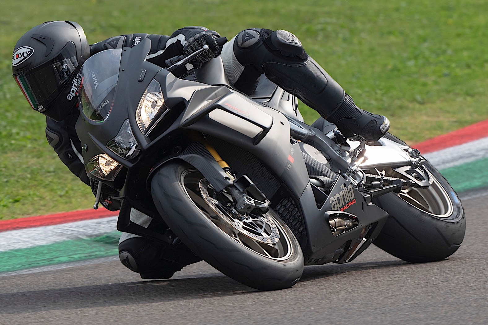 2019 Aprilia Rsv4 1100 Factory Is The Most Powerful Rsv4 Ever