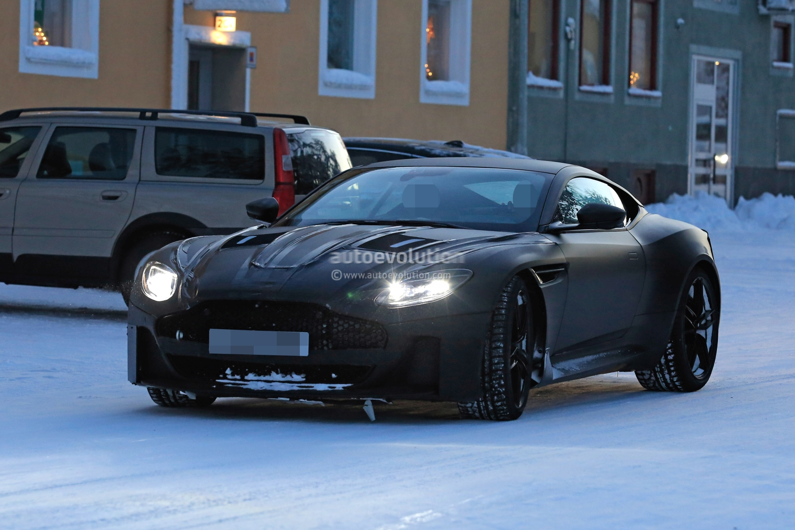 Spyshots: 2019 Aston Martin Vanquish Testing In the Snow Looks Gorgeous - autoevolution