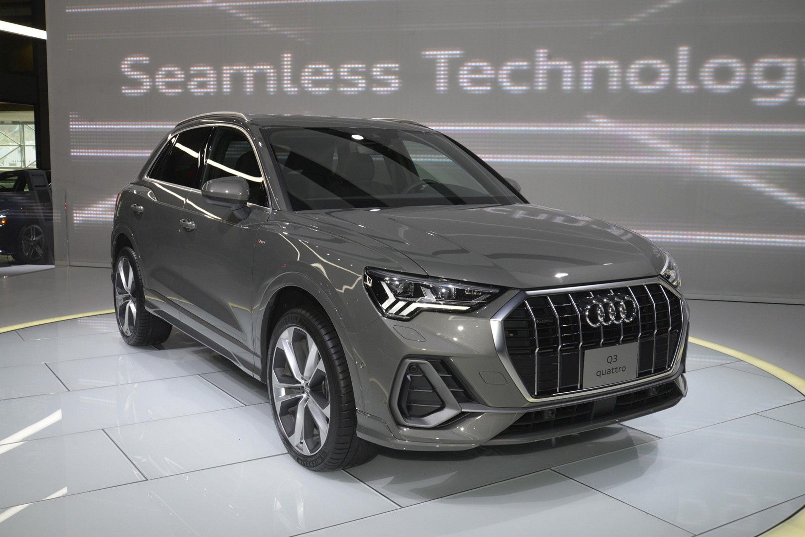 2019 Audi Q3 Debuts With More Power 2000 Price Bump And Better
