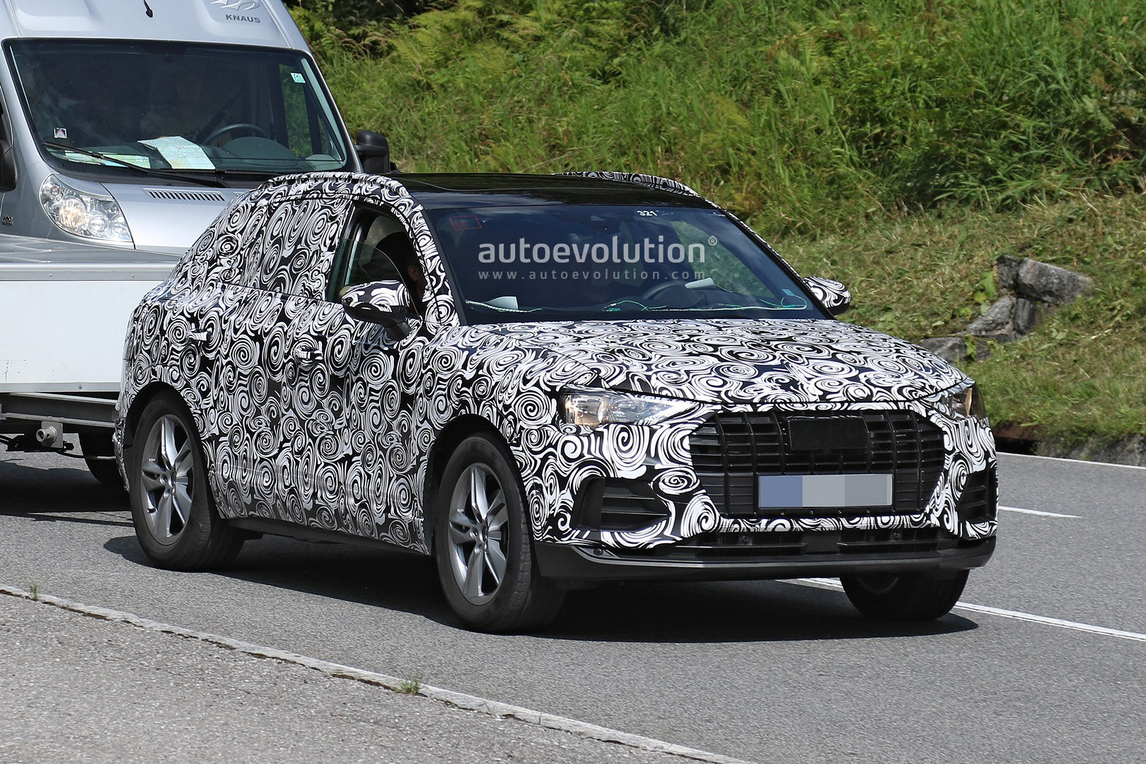 Spyshots 2019 Audi Q3 Caught Alpine Testing Shows Sporty