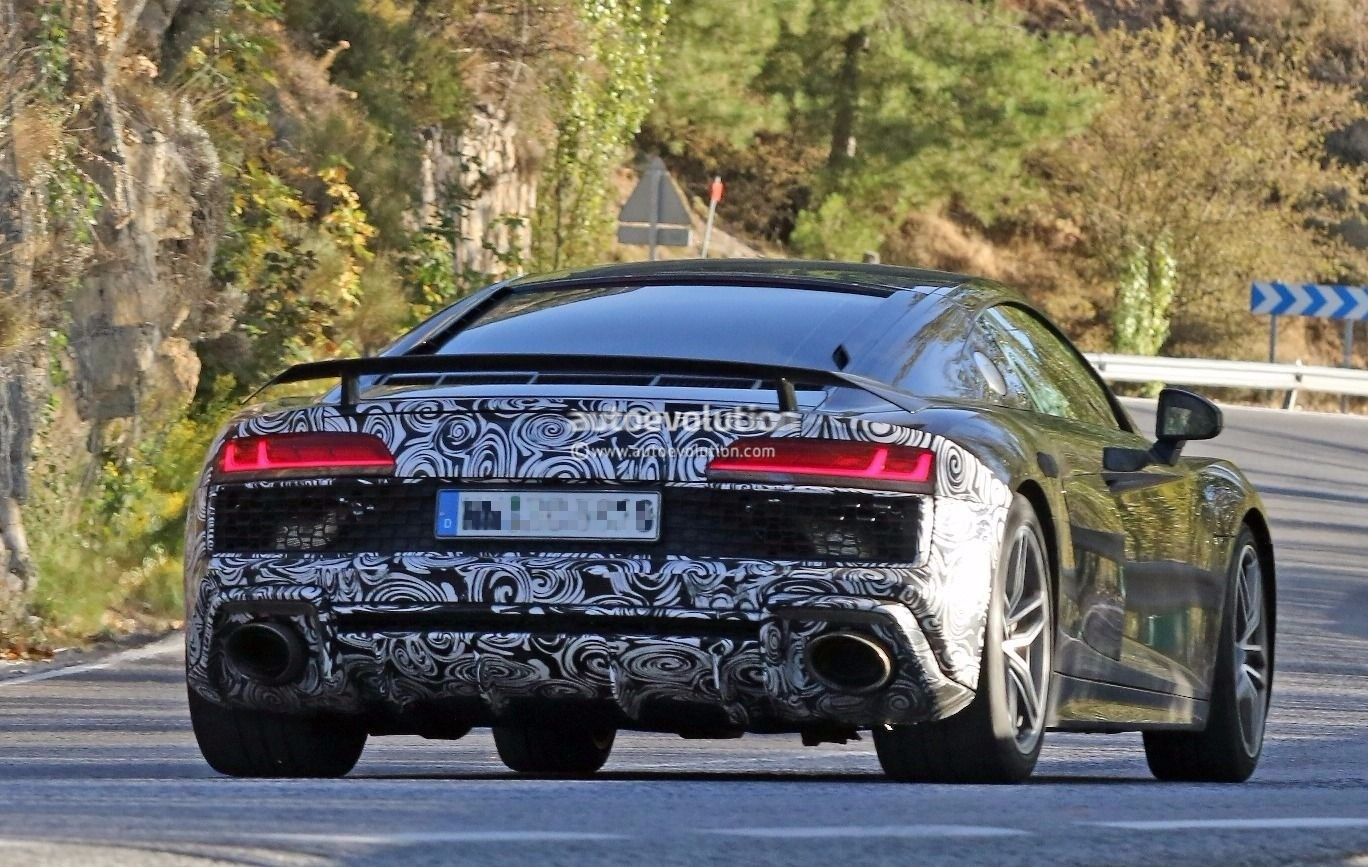 Spyshots 2019 Audi R8 Gt Flaunts Two Huge Oval Exhaust Pipes
