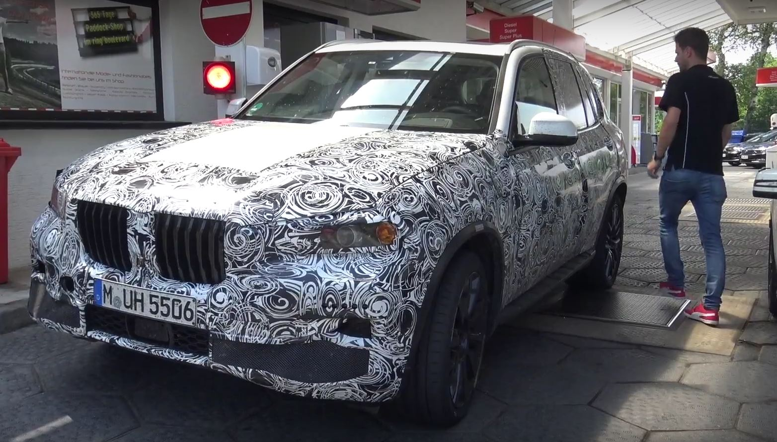 2019 Bmw X5 And X5 M Take To The Nurburgring In Latest Spy Video
