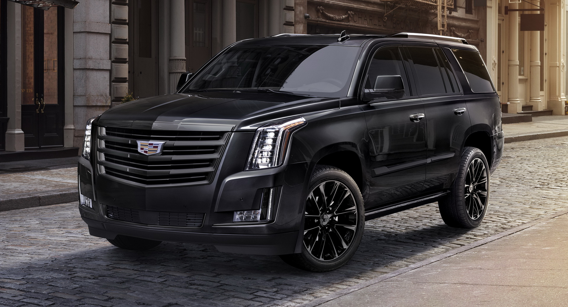 2019 Cadillac Escalade Arrives In L.A. With New Appearance