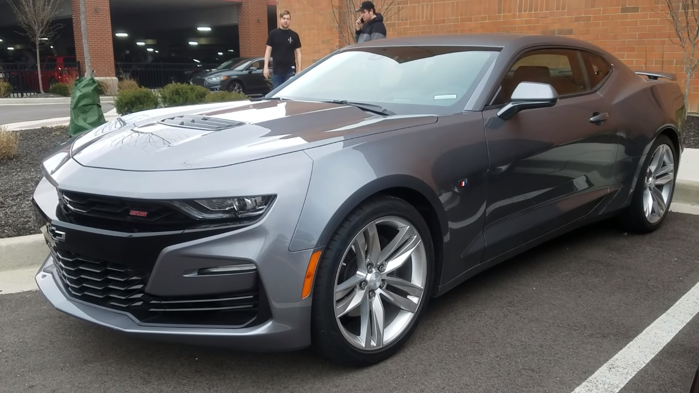 2019 Chevrolet Camaro Ss Doesn T Look Good In Walkaround Video