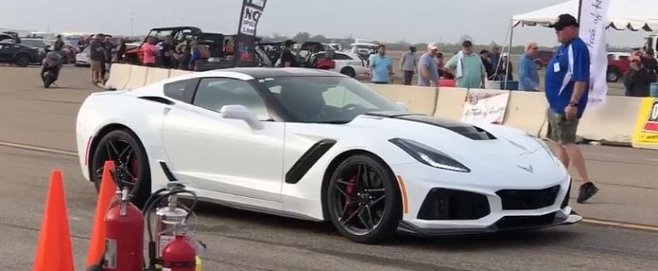 2019 Chevrolet Corvette ZR1 Hits 190 MPH at Texas Mile after Losing Rear Wing - autoevolution