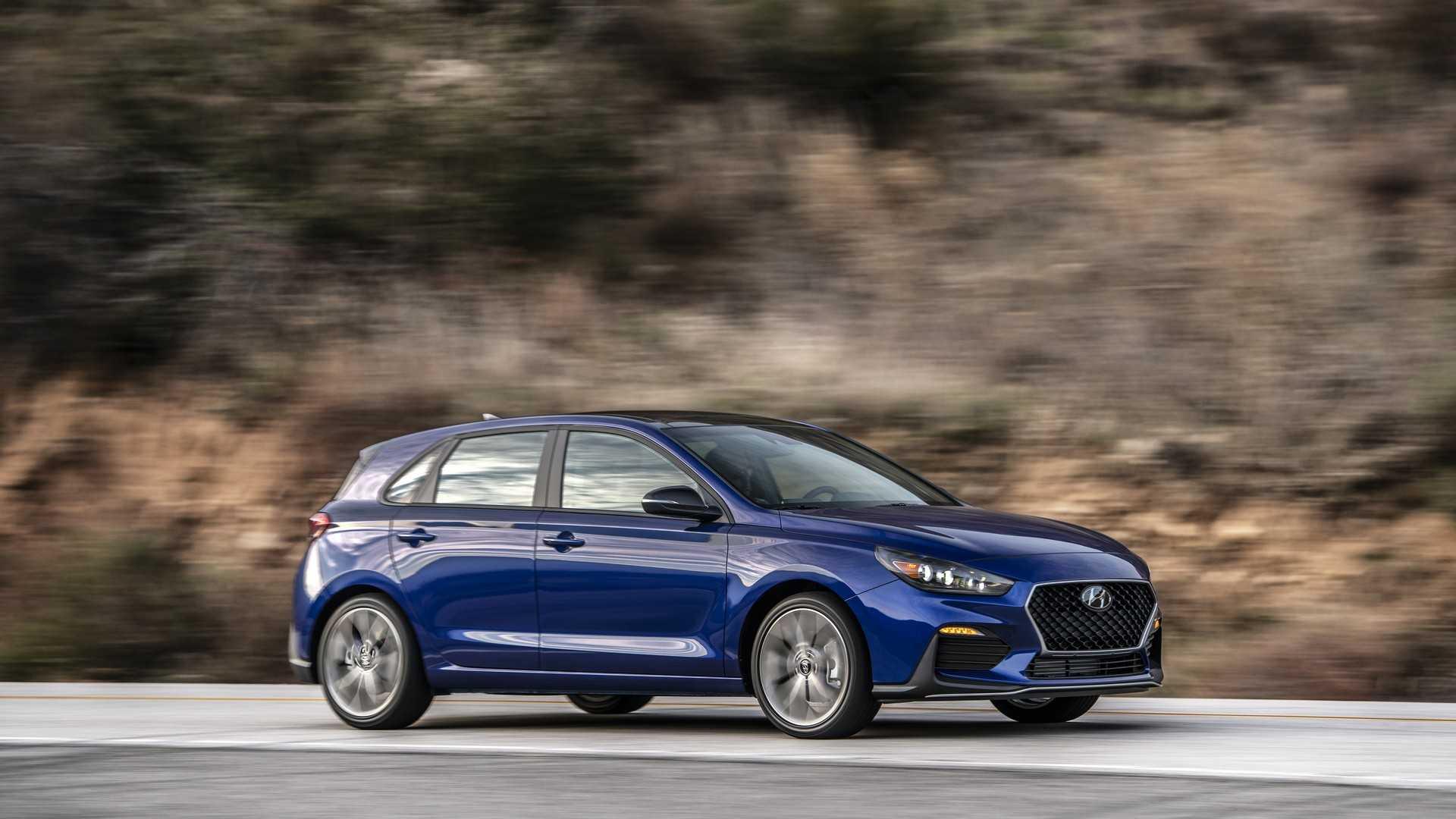 2019 Hyundai Elantra Gt N Line Replaces Elantra Gt Sport Autoevolution
