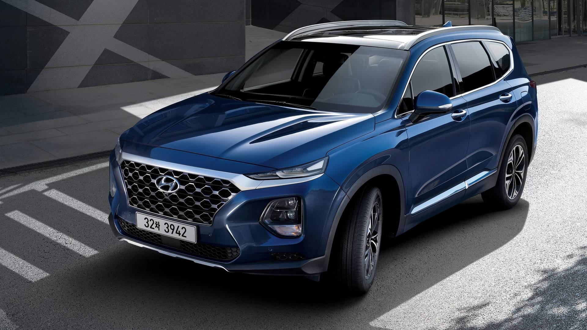 2019 hyundai santa fe looks magnificent in new official. Black Bedroom Furniture Sets. Home Design Ideas