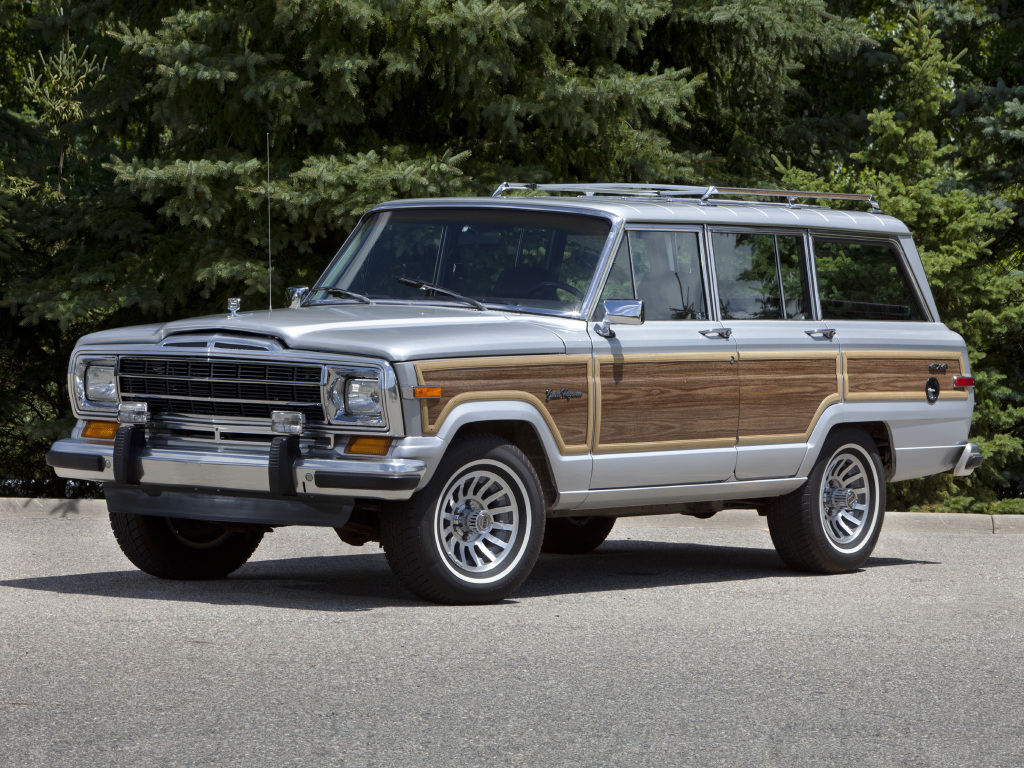 2019 Jeep Grand Wagoneer What To Expect From The American Range Rover