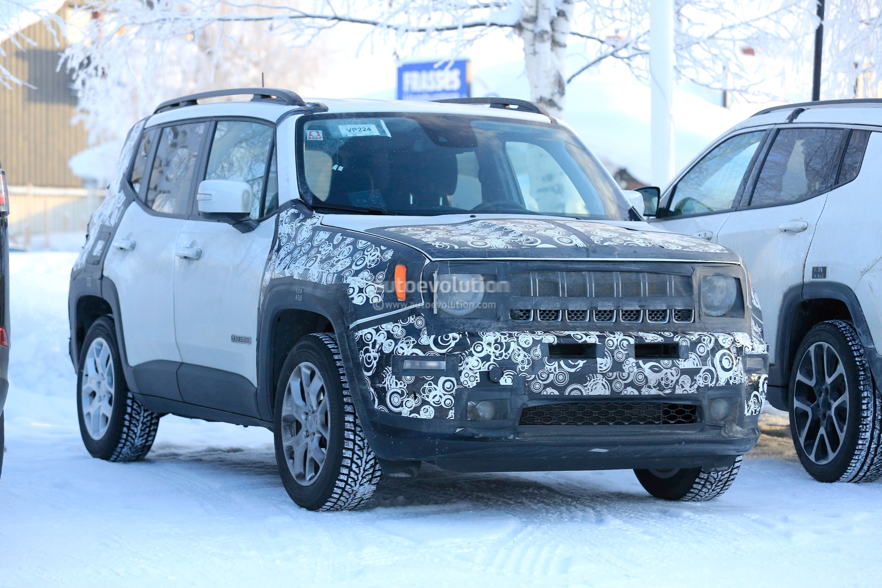 2019 Jeep Renegade Validation Prototype Shows Off New Fascia Design