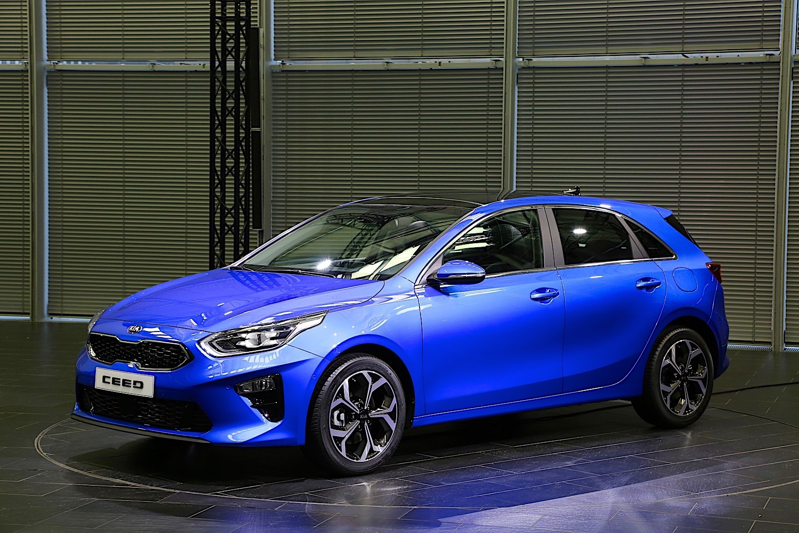 2019 kia ceed gt warm hatchback coming with close to 200 bhp autoevolution. Black Bedroom Furniture Sets. Home Design Ideas
