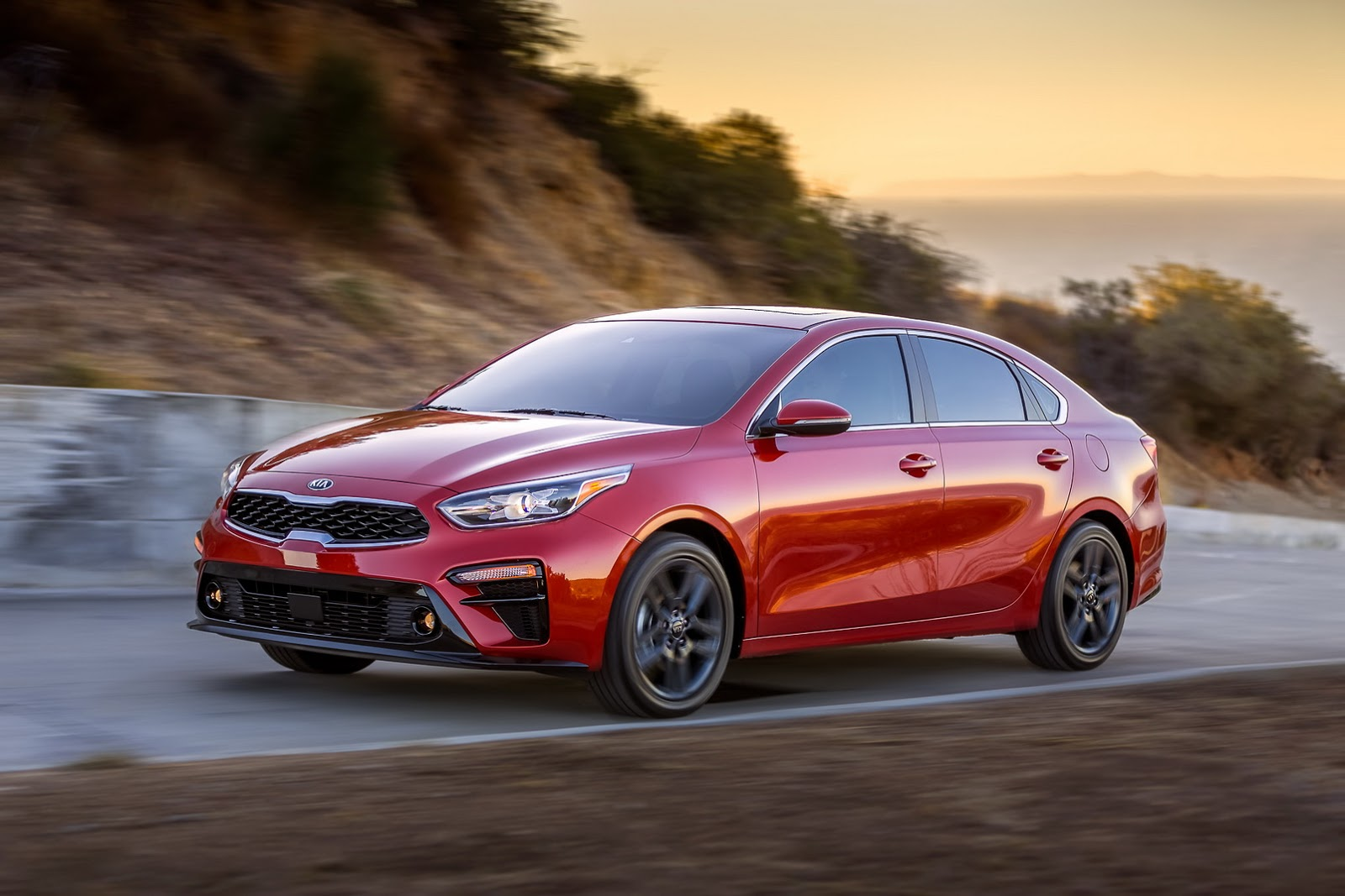 Kia Forte Gets More Stylish, More Efficient