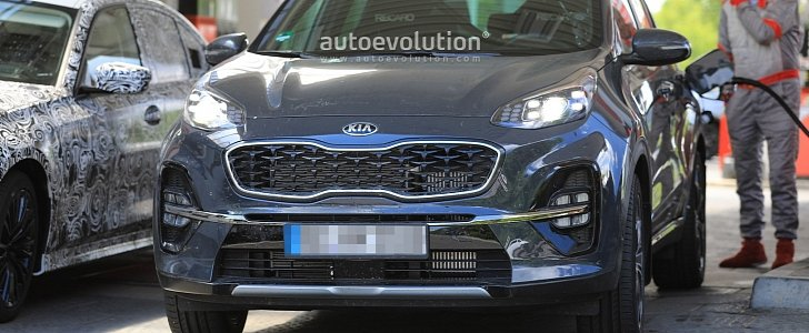2019 kia sportage facelift revealed in full at the. Black Bedroom Furniture Sets. Home Design Ideas