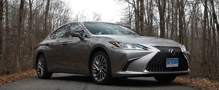 2019 Lexus ES Is Just Short of Perfect, Says Consumer Reports