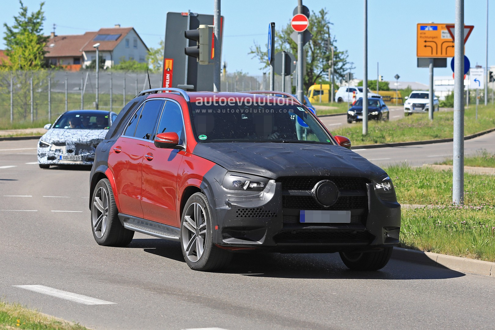 2019 Mercedes Benz Gle 350 D Or 400 D With Amg Line Body Kit Spied