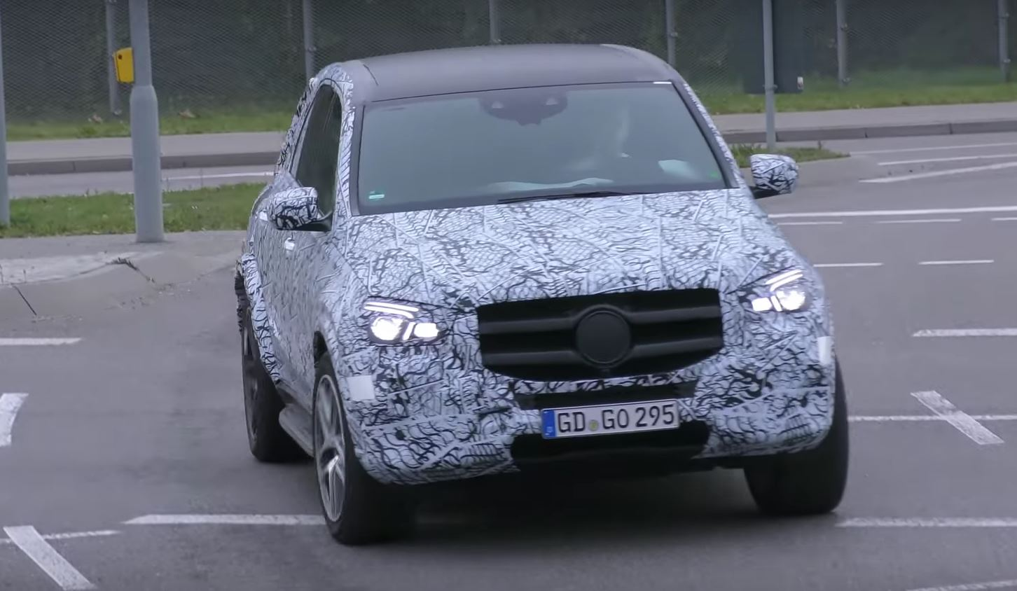 2019 Mercedes Gle Caught In Traffic Looks Like The E Cl Of Suvs
