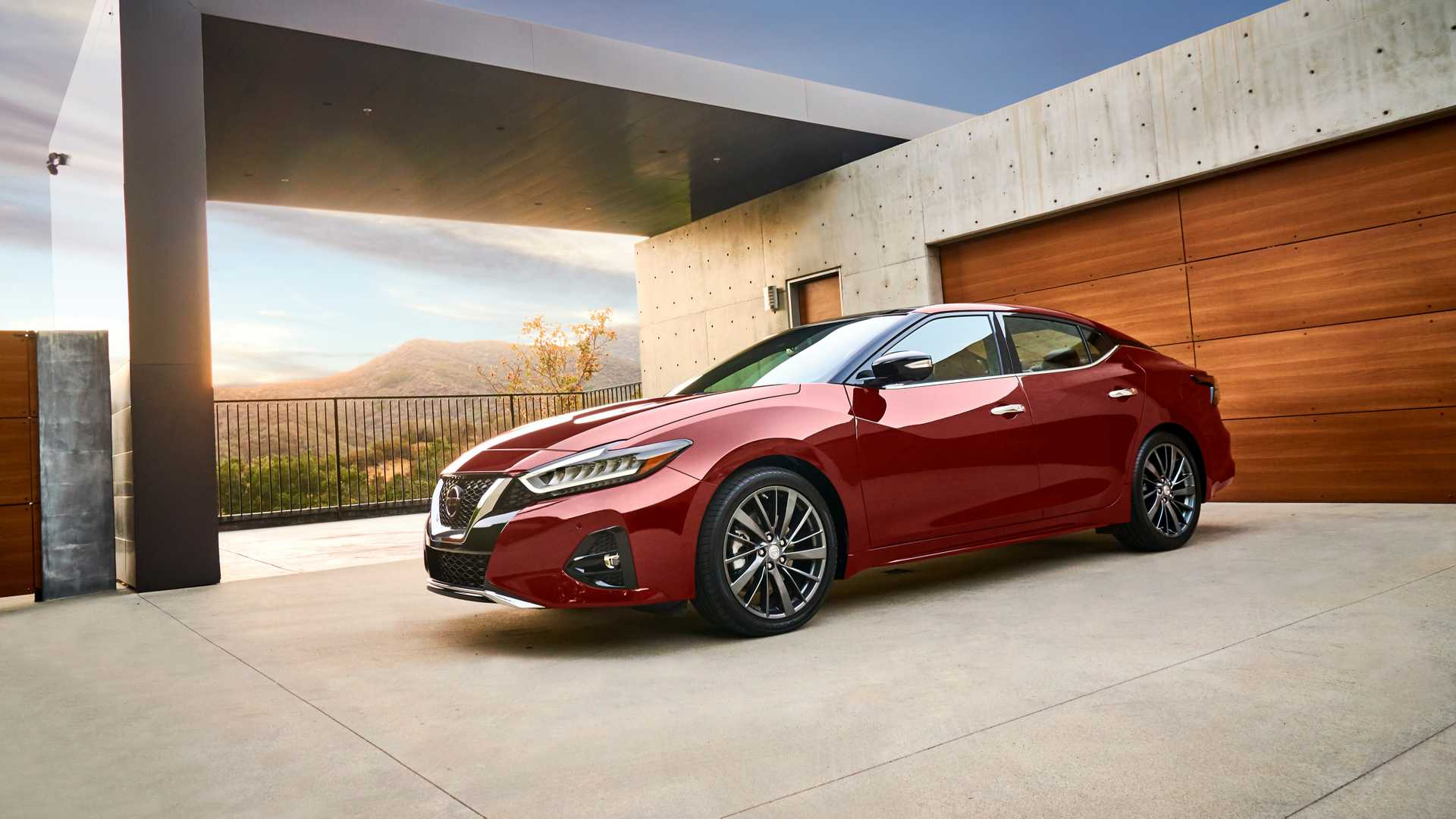 Nissan Maxima: Refreshed for More V-Motion