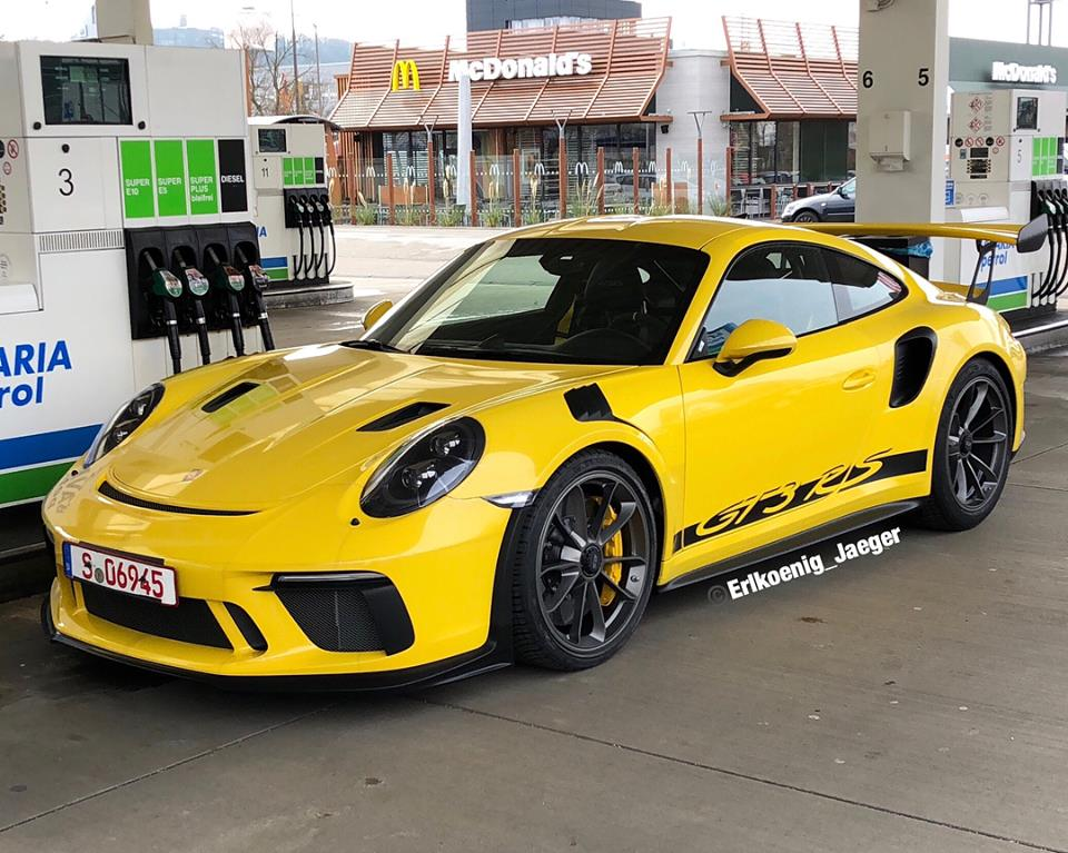 2019 Porsche 911 Gt3 Rs Spotted At German Gas Station Has
