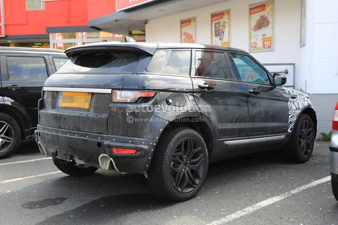 2019 range rover evoque phev to have fewest cylinders of all land rovers autoevolution. Black Bedroom Furniture Sets. Home Design Ideas