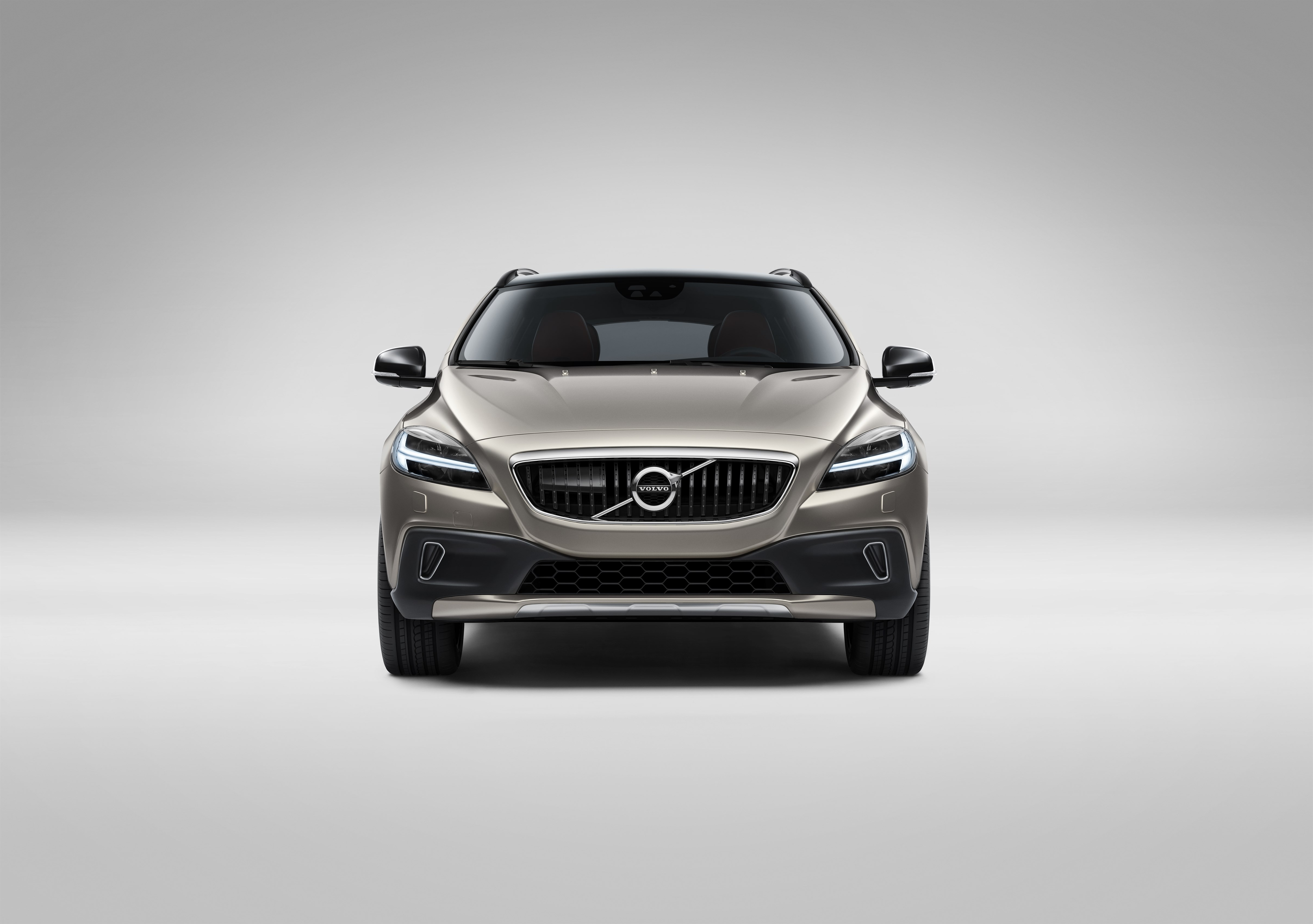 2019 Volvo V40 Will Spawn New EV With Two Battery Options - autoevolution