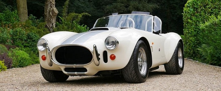 2020 AC Cobra Looks Like It Came Straight From the '60s - autoevolution