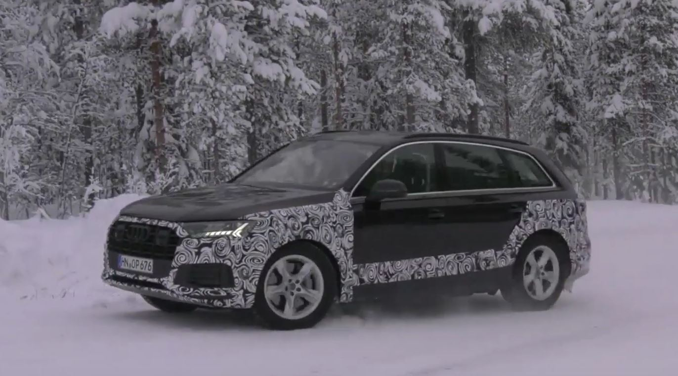 2020 Audi Q7 Facelift Shows Led Abundance New Face In Arctic Spy