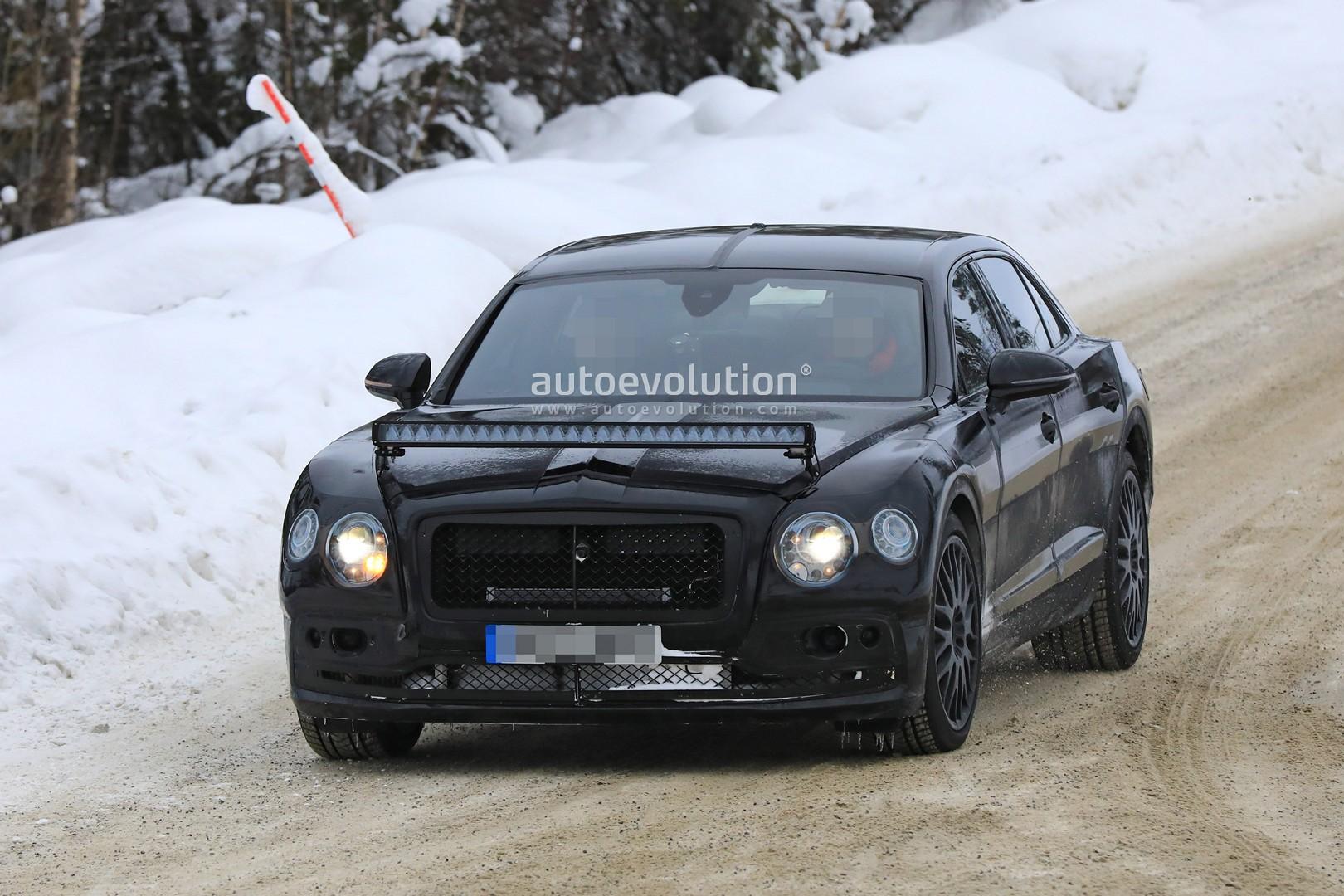 2020 Bentley Flying Spur Sports Huge LED Bar During Winter Testing ...