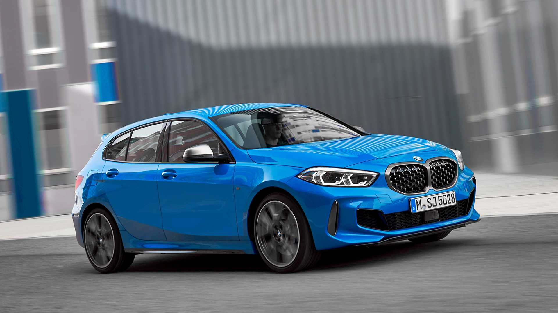 BMW 1 Series vs. 2015 BMW 1 Series - Old vs