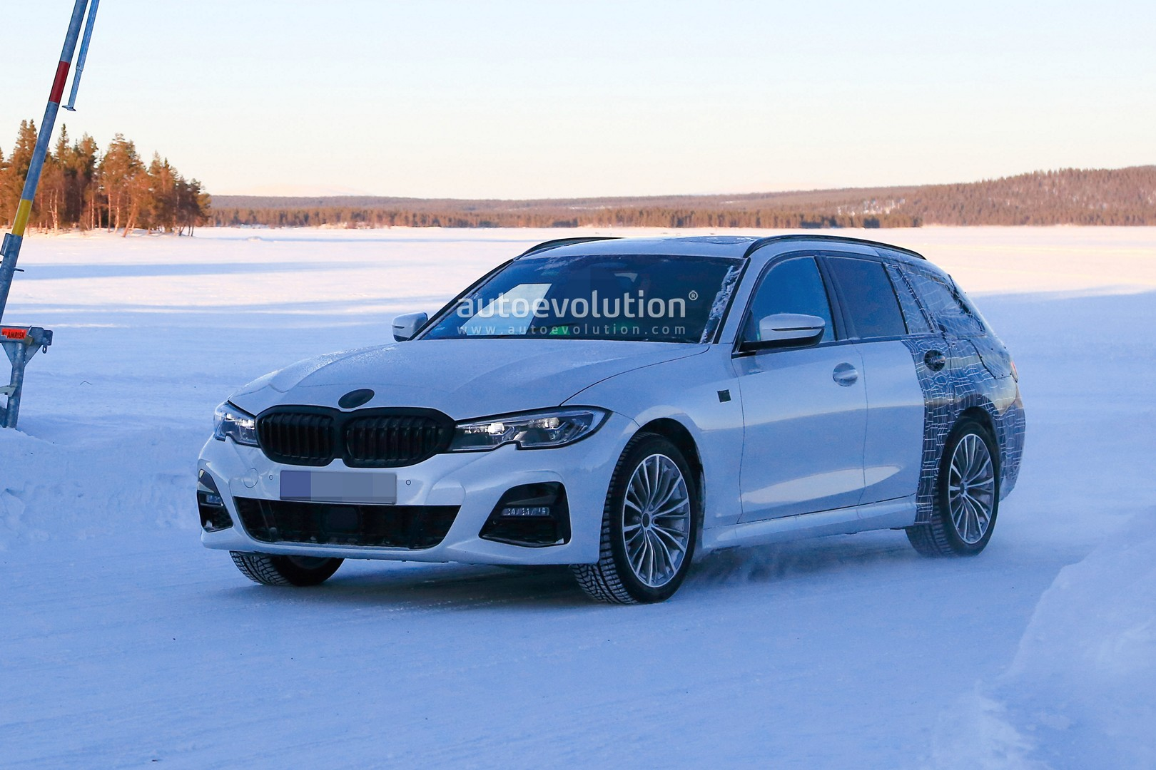 2020 Bmw 3 Series Touring Spied Winter Testing With M Sport Package