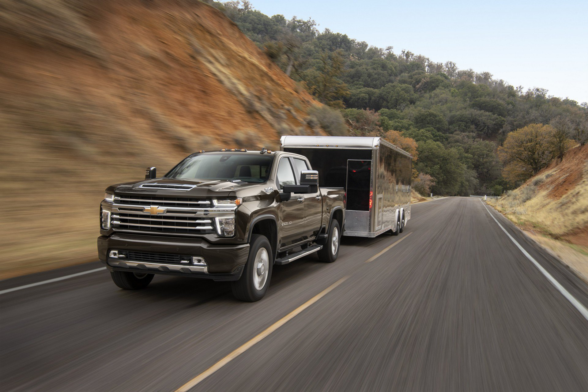 2020 Chevrolet Silverado HD Features Best-In-Class Towing ...