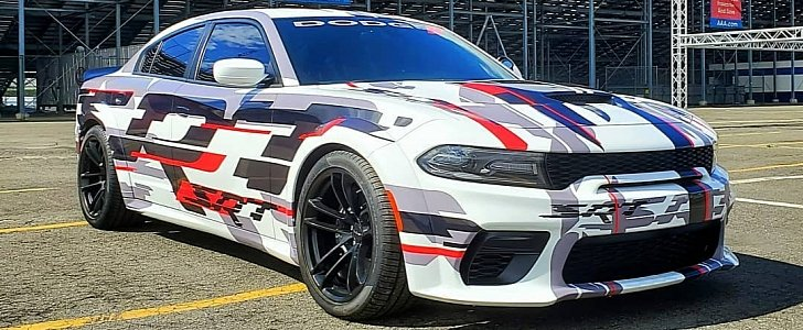 Charger Srt Hellcat >> 2020 Dodge Charger Widebody Could Be Also Offered As SRT ...