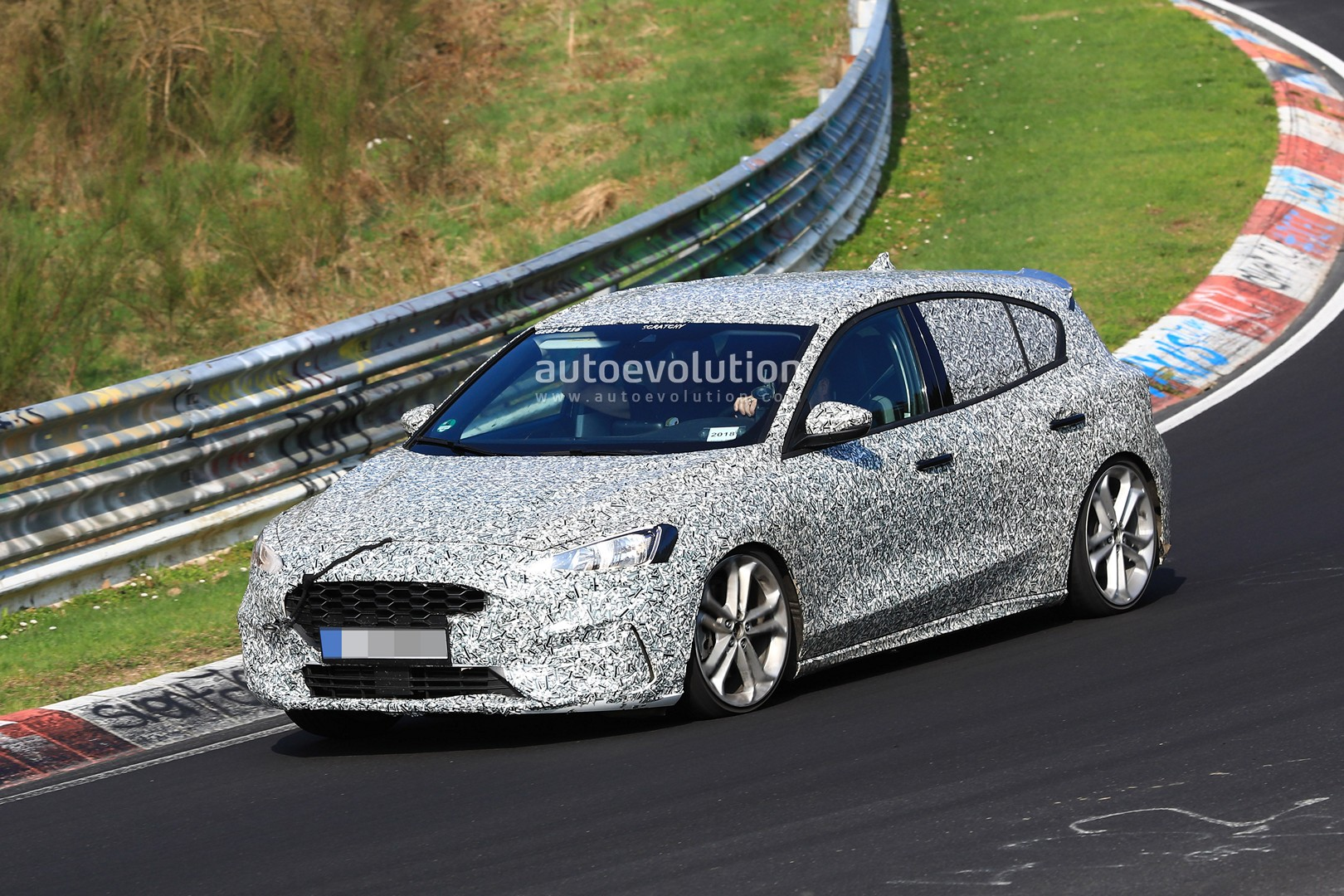 spyshots 2020 ford focus st makes photo debut has twin. Black Bedroom Furniture Sets. Home Design Ideas