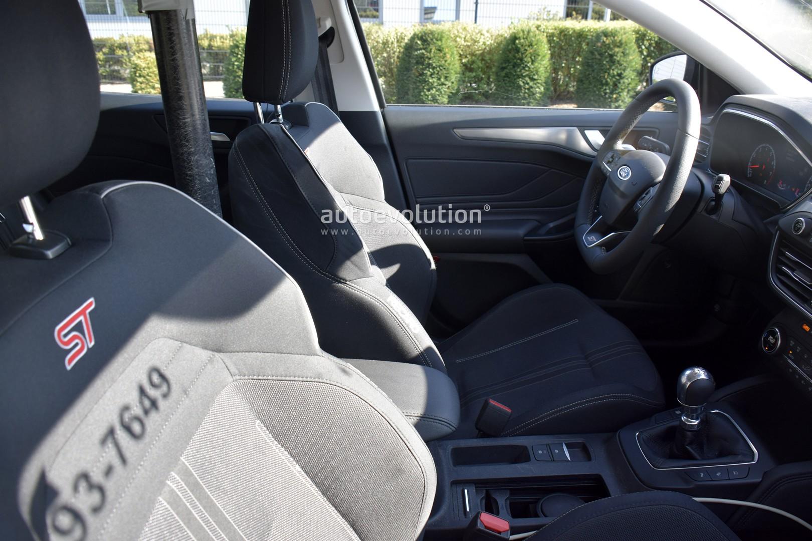 2020 Ford Focus St Reveals Interior In Latest Spyshots Autoevolution