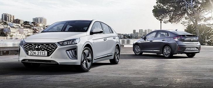 2020 Hyundai Ioniq Adds One-Pedal Driving Capability, Fresh Styling