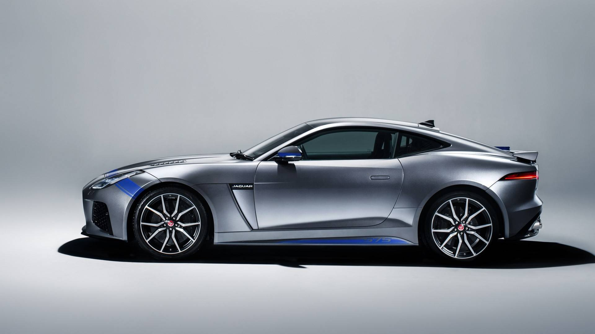 2020 jaguar f-type coming with seating for four  bmw twin-turbo v8 engine